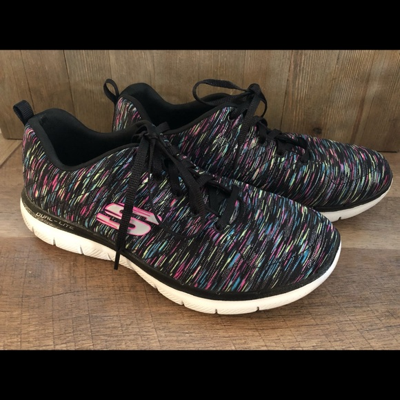 Skechers Shoes - Skecher Light Weight Athletic Shoes